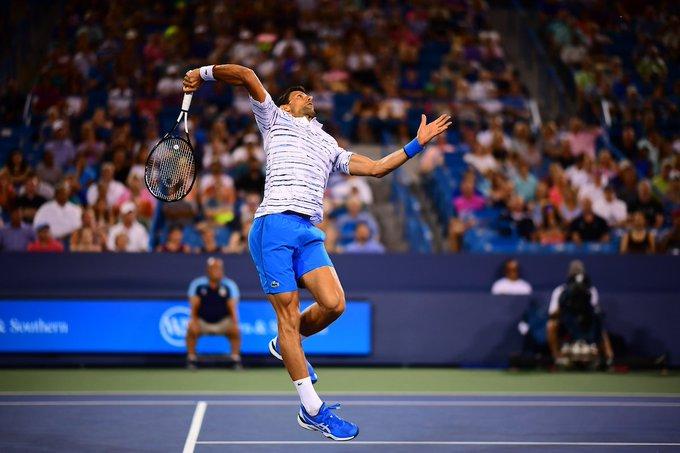 13:34 - Tennis: Cincinnati, Medvedev sorprende Djokovic e va in finale